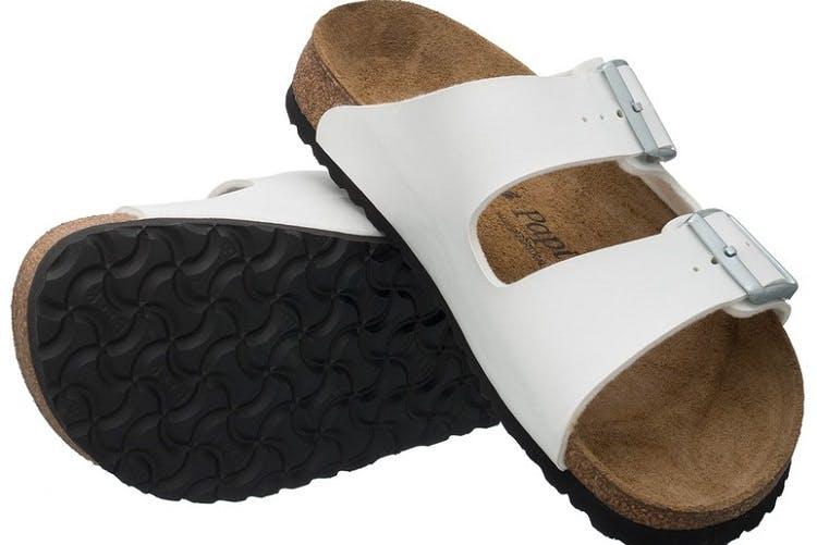 całkiem fajne Nowa lista buty do biegania Klapki i sandały na lato, którymi zastąpisz japonki damskie