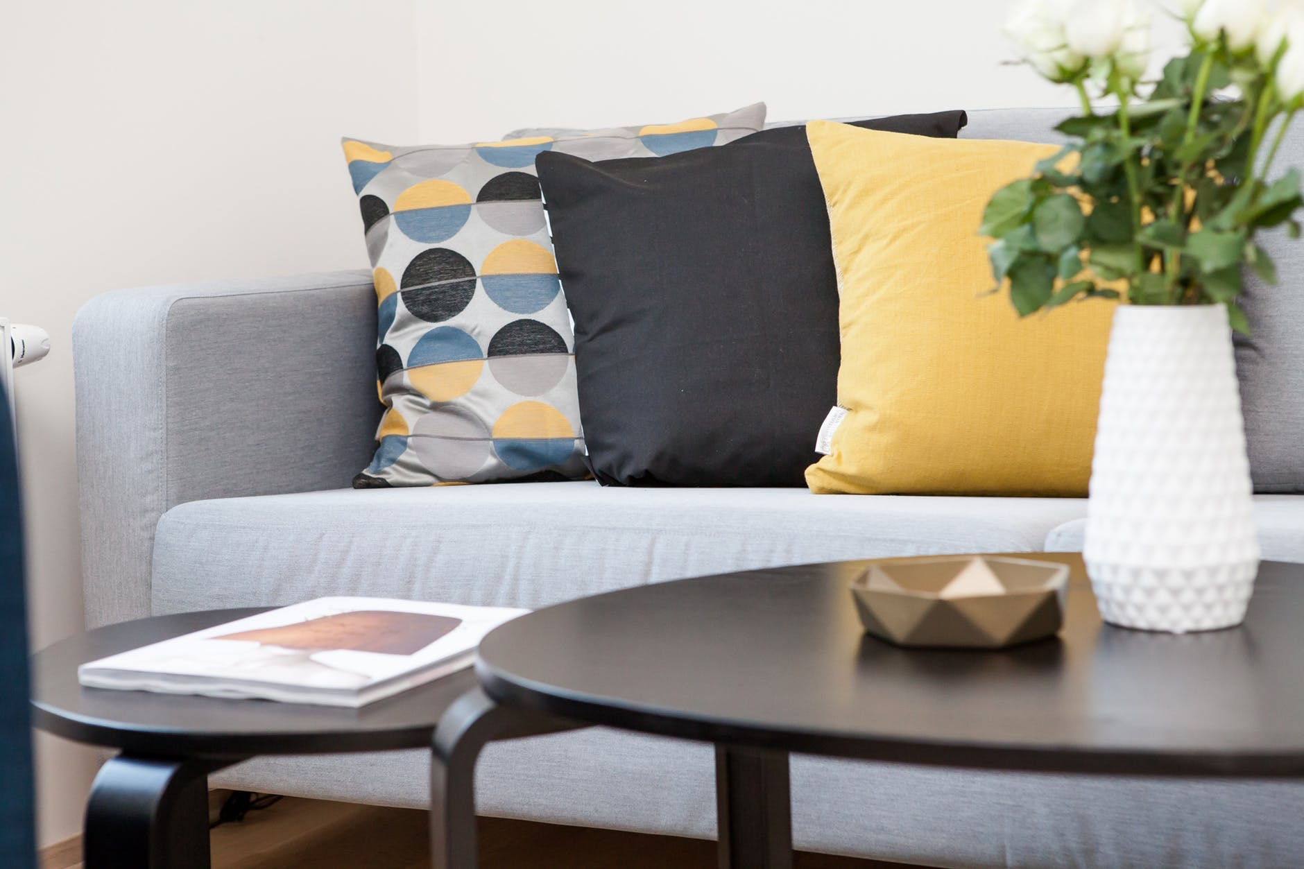 Urządzanie mieszkania – wiosenne inspiracje
