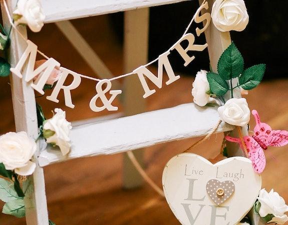 Prezenty na ślub, które nie wprawią w osłupienie młodej pary