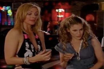 Jak się ubrać niczym Claire Underwood? - o serialowych postaciach, których styl naśladujemy