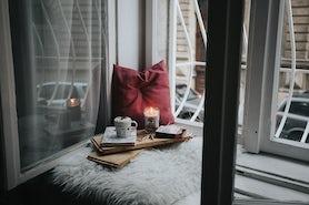 Akcesoria do domu, w które warto zainwestować zimą