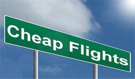 Jak szukać tanich lotów? Nasze sposoby na tanie połączenia lotnicze
