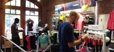 Sklep internetowy Nike – jak złożyć zamówienie?