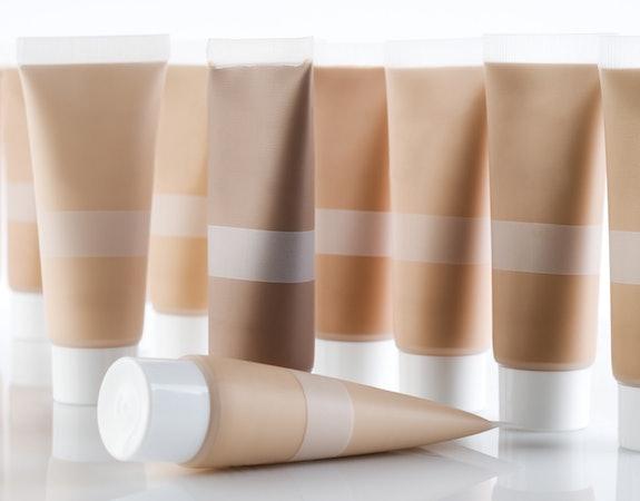 Dobry krem BB. 5 tanich i skutecznych kosmetyków na każdą kieszeń